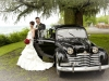 Brautpaar mit Brautauto Santina
